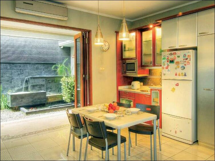 gambar Dapur minimalis dan Meja Makan 1